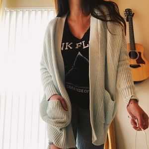 NWT urban Outfitters Knitted Cardigan